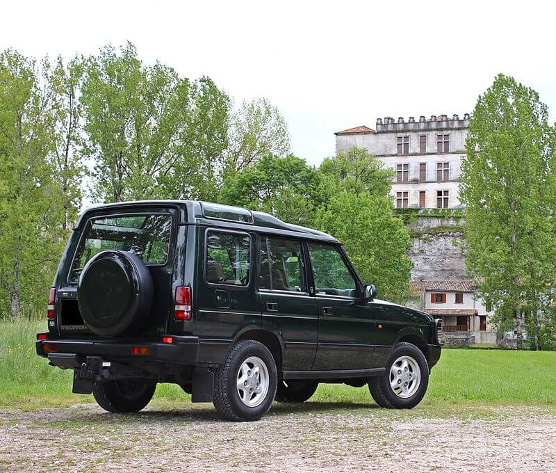 Land_Rover_Discovery_300_tdi